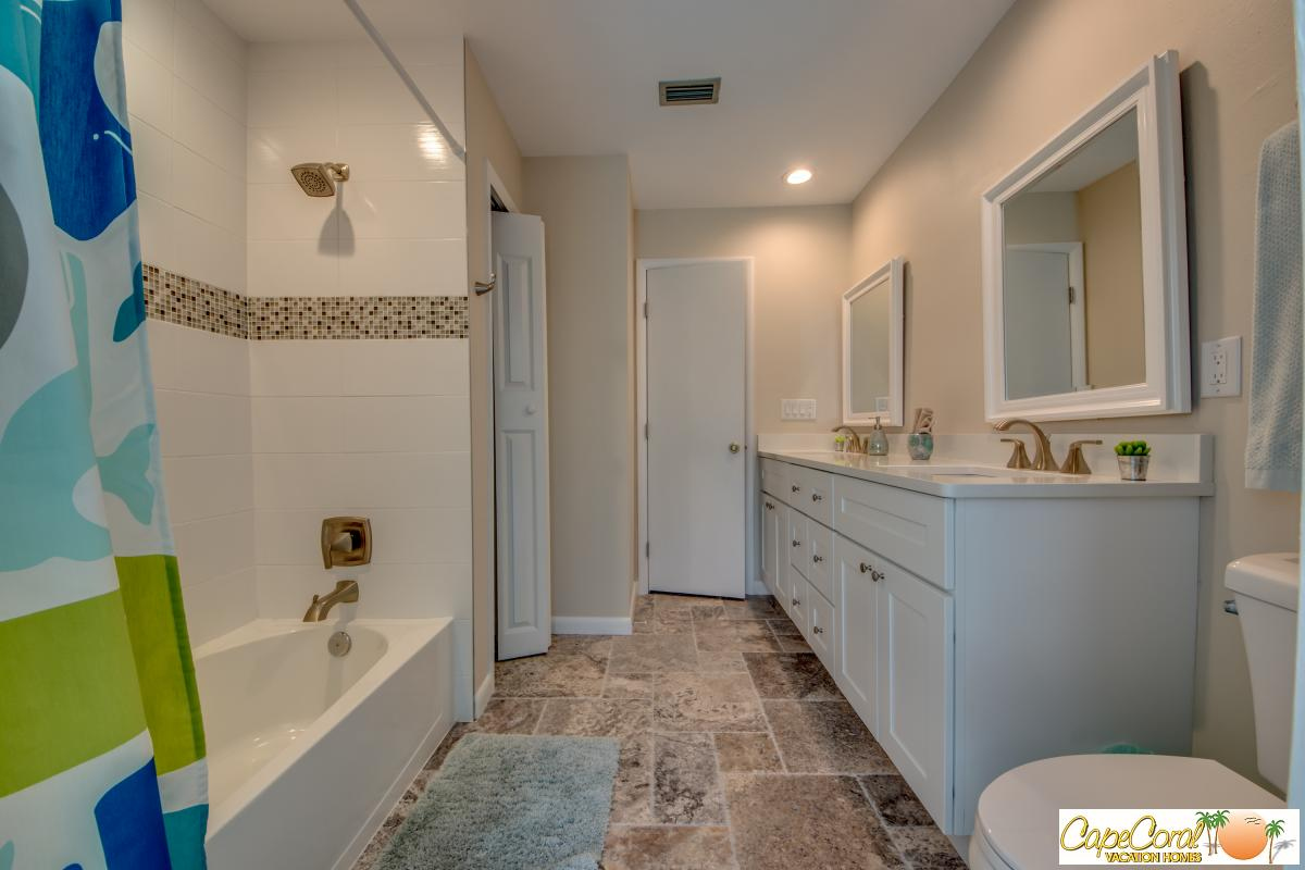 34-Guest Bathroom