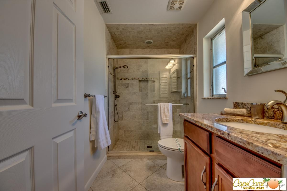 35-Master Bathroom