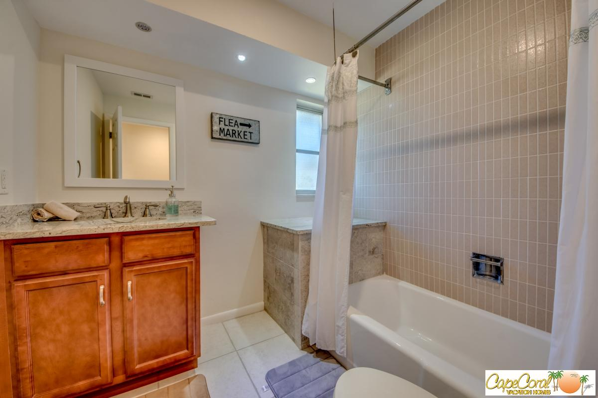 38-Guest Bathroom
