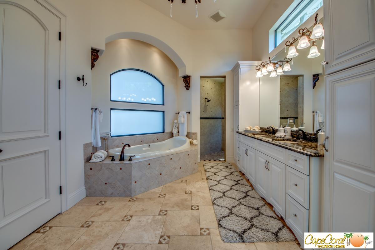 44-Master Bathroom