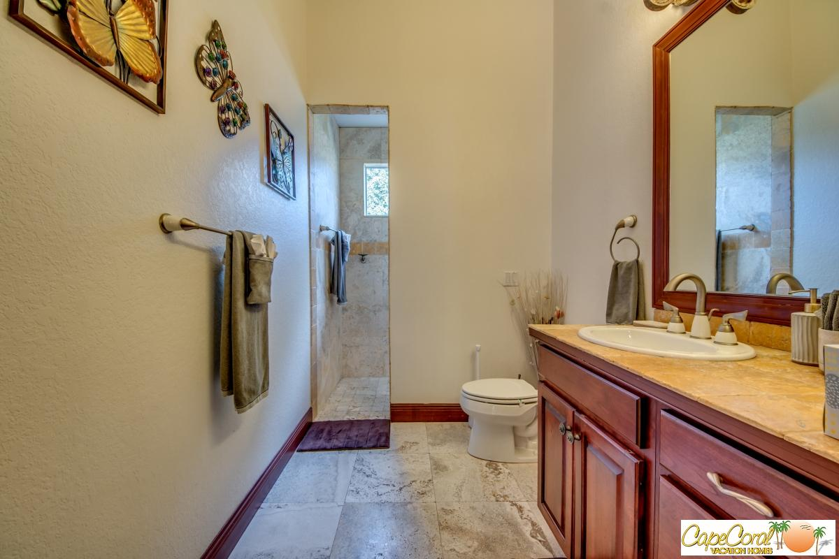 51-Guest Bathroom